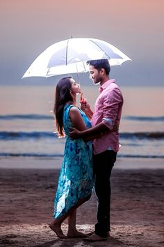 Tips For Planning The Perfect Wedding Day Indian Wedding Couple Photography, Photo Poses For Couples, Wedding Couple Photos, Wedding Couple Poses Photography, Couple Photoshoot Poses, Couple Shoot, Pre Wedding Photoshoot, Wedding Shoot, Love Couple Photo