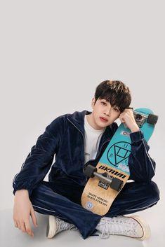 First Boyfriend, Guan Lin, Cute White Boys, Lai Guanlin, Kim Jaehwan, Japanese Boy, My Destiny, Dream Boy, New Students