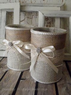 Painted tin can lace and and burlap centerpiece vases. Decoration tin cans. Pink wedding, Tin can vase. Burlap Projects, Burlap Crafts, Craft Projects, Tin Can Crafts, Diy And Crafts, Arts And Crafts, Decoration Shabby, Wedding Decoration, Ways To Recycle