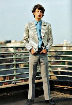 Mick Jagger was born on July in Dartford, England. As the lead singer of the Rolling Stones, Jagger has become a rock legend known. Los Rolling Stones, Like A Rolling Stone, Rare Photos, Vintage Photographs, Moves Like Jagger, Charlie Watts, We Will Rock You, Rockn Roll, Mod Fashion