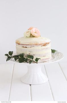 Strawberry and vanilla naked cake recipe | Recipe and photography: Sarah Jeanne |