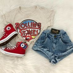 College Outfits – Page 4492361537 – Lady Dress Designs Teenage Outfits, Teen Fashion Outfits, Mode Outfits, College Outfits, Grunge Outfits, Outfits For Teens, Girl Outfits, Casual Teen Fashion, Graduation Outfits