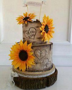 The Love Pinch Bridal Couple Wedding Cake Topper - Ideal Wedding Ideas Crazy Wedding Cakes, Country Wedding Cakes, Wedding Cake Rustic, Wedding Cakes With Cupcakes, Wedding Cake Toppers, Sunflower Wedding Cupcakes, Sunflower Weddings, Country Weddings, Fall Wedding