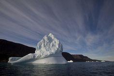 Таємниця темної зони Гренландії нарешті розкрита Greenland Ice Sheet, Greenland Travel, Ice Giant, Iceberg, Sea Level Rise, What Lies Beneath, Fjord, Environmental Issues, Global Warming