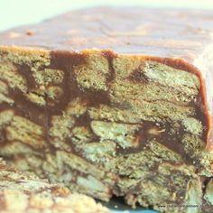Inside of an Irish chocolate biscuit cake (Tiffin) Recipe from Irish American Mom Irish Chocolate, Melting Chocolate, Rich Tea Biscuits, Chocolate Biscuit Cake, Tiffin Recipe, Irish American, Golden Syrup, Dessert Recipes, Desserts
