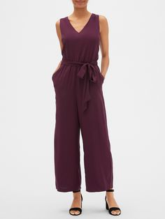 Sleeveless V-Neck Jumpsuit Gap, Rompers, V Neck, Summer Dresses, My Style, Shopping, Pink Summer, Jumpsuits, Fashion