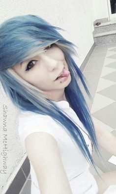 #blue & #white #dyed #scene #hair #pretty
