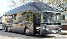 Camiones y Autobuses en Baleares: Neoplan Starliner                                                                                                                                                     Más