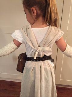 MoodzDesign - DIY Star Wars Rey Costume