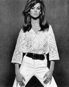 pinterest.com/fra411 Jean Shrimpton, 1966
