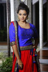 only cute actresses: Bhavana For the Grihalakshmi shoot in blue dress Beautiful Saree, Beautiful Women, Bhavana Menon, Bhavana Actress, South Indian Actress, Beauty Queens, Indian Girls, Indian Beauty, Indian Actresses