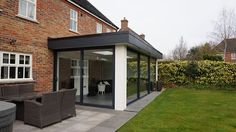 oliver james garden rooms the flat white extension Extension Designs, House Extension Design, Roof Extension, Garden Room Extensions, House Extensions, Kitchen Extension Exterior, Contemporary Garden Rooms, Open Plan Kitchen Dining Living, Coach House