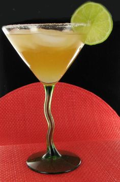 Amaretto Southern Comfort Sour Cocktail - http://thegardeningcook.com/amaretto-southern-comfort-sour-cocktail/
