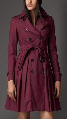 OMG this Burberry Long Full Skirted Wool Silk Trench Coat is gorgeous - Annalise rocked it on Burberry Fall 2014, Burberry Sale, Burberry Women, Burberry Trenchcoat, Burberry Skirt, Silk Skirt, Pleated Skirt, Cashmere Wool, Wool Dress