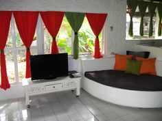 Seminyak Town House in Bali, Indonesia. Find your hotel reviews and photo's of Bali Seminyak Town House to overviews their room's availability.