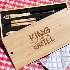 Personalize a grill set