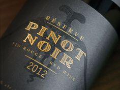 Wine label with gold foil detail for Léon Courville Vigneron designed by lg2 boutique