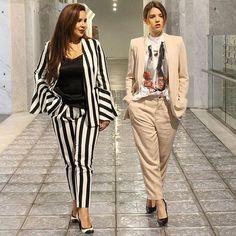 Girl boss style!! 💪👌🏻💋. Buenos días chicas!!!. Leo🙋🏻y Bianca 🙋Os deseamos un día maravilloso aunque esté repleto de trabajo!!. 😘😘😘  .  .  .  #biralizate  #lovetheshoes #shoeaddict #fashionable #fashionista #fashiongram #fashion #streetstyle #streetwear #streetfashion #ootd #instastyle #inspo #trends #trendy #styleoftheday #styles #ootdshares #madrid #spain #me #vogue  #instagood  #ootdmagazine  #madridtuya #likeforlike #instastyle #igersspain