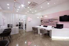 네일이 예쁘다 - 네일샵인테리어 Nail Salon Design, Nail Salon Decor, Beauty Salon Decor, Beauty Salon Interior, Beauty Bar, Ideas Decoracion Salon, Salon Ideas, Spas, Nail Station