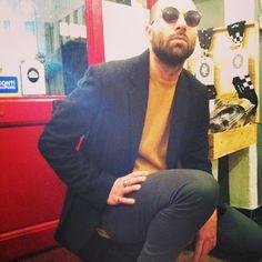 Bohemian: sunglasses #Trussardi, smoking coat #Dgnak, cachemire #Malo, trousers #Hellsbells