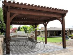 Free standing custom pergola with Rich Sequoia stain and Roosevelt profile.
