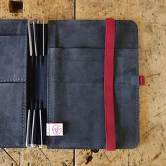 Roterfaden / Light Grey Recycled Leather / A5