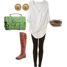 Boots and leggings so cute! COME ON FALL.. my fav thing to wear ..leggings and boots. Effortless and comfy