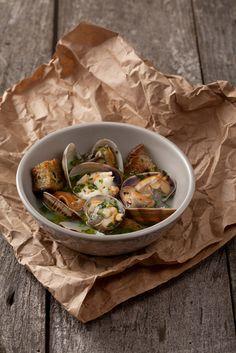 Acorda de mariscos. Portugal seafood.