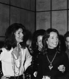 Jackie and her sister, Princess Lee Radziwill in 1972. Jackie was still married to Onassis, but she spent more and more time away from him as he began to see his previous lover, opera singer, Maria Callas again.