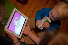 Is E-Reading to Your Toddler Story Time, or Simply Screen Time? - NYTimes.com