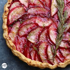 : Peach, rosemary and lime pie from Yotam Ottolenghi Yotam Ottolenghi, Desserts With Biscuits, No Cook Desserts, Dessert Recipes, Sweet Pie, Sweet Tarts, Chefs, Otto Lenghi, My Favorite Food