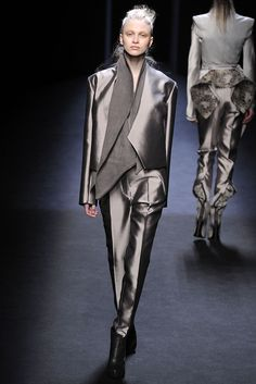 Haider Ackermann Fall 2010 Ready-to-Wear - Collection - Gallery - Style.com
