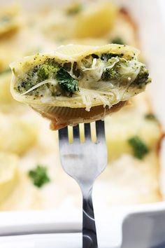 Broccoli alfredo stuffed shells