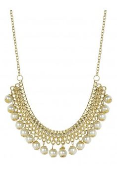 Spread your charm all over on any occasion wearing this attractive white pearl gold plated necklace #womensfashion #pearlneckpiece #necklace #designerjewellery