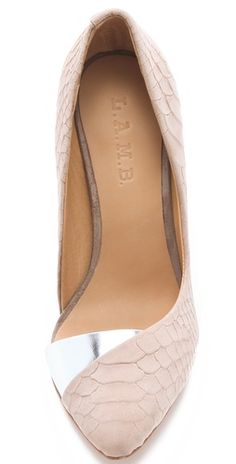 Try these super cute flats for work.  From the creator of Sex and The City, 'Younger' stars Sutton Foster, Hilary Duff, Debi Mazar, Miriam Shor and Nico Tortorella. Catch a sneak peek at http://www.tvland.com/shows/younger.