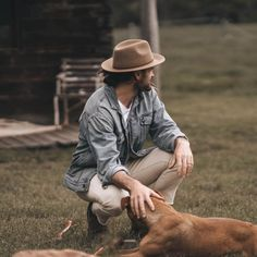 Father's Day Eco-Friendly Gift Guide: Lockdown Edition Fair Trade Clothing, Fair Trade Fashion, Sustainable Living, Sustainable Fashion, Eco Products, Funky Socks, Ethical Fashion Brands, Eco Friendly Fashion, Green Gifts