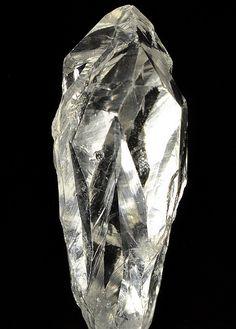 水晶 ブラジル : 含銅美術館