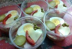 Jak udělat aspikové misky   Salát: 30 dkg měkkého salámu 2 kyselé okurky 2…