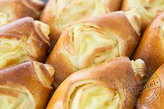 Gastbeitrag von Streusel Heute habe ich Besuch aus der Schweiz. Oh ja, ich freue mich sehr, dass die liebe Judith vom Blog Streusel(wie sympathisch ;)) heute so etwas Leckeres mitgebracht hat. Siehat einmal als Bäckerin und Konditorin gearbeitet und bringt somit viel Fachwissen mit. Auf ihrem Blog gefallen mir vor allem ihre Tipps und Tricks …