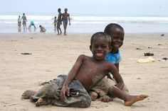 Ghana - cheeky boys at Labadi Bech