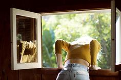 Imagen de girl, vintage, and window