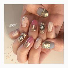 mirror / metallic instagram☞@mnkaori #nails #nailsalon #nailart #mirrornail #metallicnail #gelnails #ssnail #ミラーネイル #ネイルデザイン #メタリックネイル #個性派ネイル