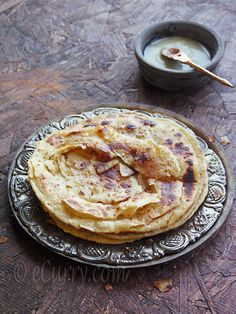 Lachha Paratha – Layered Griddle Cooked Flatbread @FoodBlogs