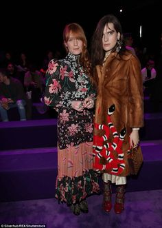 Gucci Fall 2017 Ready-to-Wear Front Row Celebrity Photos - Florence Welch, Hari Nef Vogue Paris, Gucci Florence, Florence Welch Style, Gucci Fall 2017, Hari Nef, Fall Winter 2017, Celebrity Look, Celeb Style, Celebrity Photos