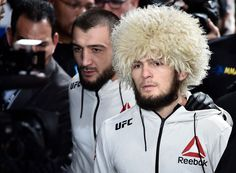 448044898be1 Khabib Nurmagomedov of Russia prepares to fight Al Iaquinta in their.