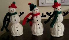 Loom Lore: Little snowmen and an angel finger puppet