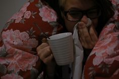 Overarbeida Michelle. Mugs, Tableware, Painting, Dinnerware, Tumbler, Dishes, Painting Art, Paintings, Mug
