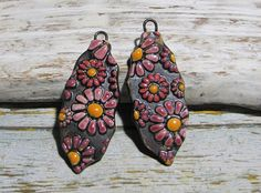 Bohemian charms Daisy ceramic handmade hippie flower power for