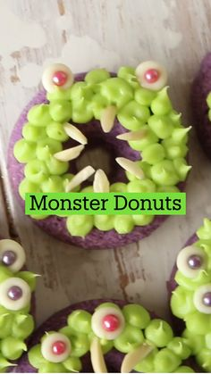 Halloween Baking, Halloween Desserts, Halloween Food For Party, Fun Baking Recipes, Sweet Recipes, Dessert Recipes, Cooking Recipes, Donuts, Diy Food