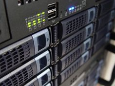 Want a Linux-based media server but don't know where to start? Thanks to Docker, setting up a Linux media server is easy. Best Server, Virtual Private Server, Cisco Networking, Business Networking, Electronic Recycling, Crescendo, Best Web, Linux, Diy